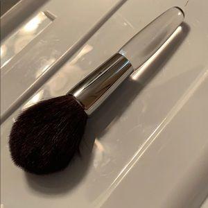 Trish mcevoy brush number 37 bronzer